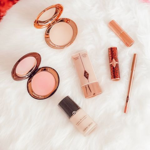 Makeup MUST haves! Charlotte T