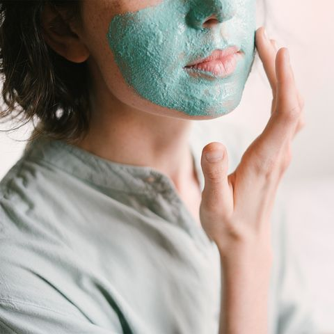 Our Favorite Products For Managing Pregnancy Acne