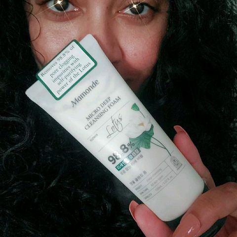 Awesome Creamy Cleanser