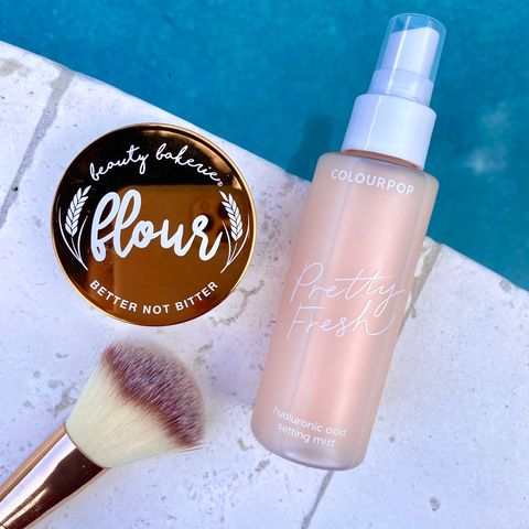 ✨ powder + spray for the perfect base