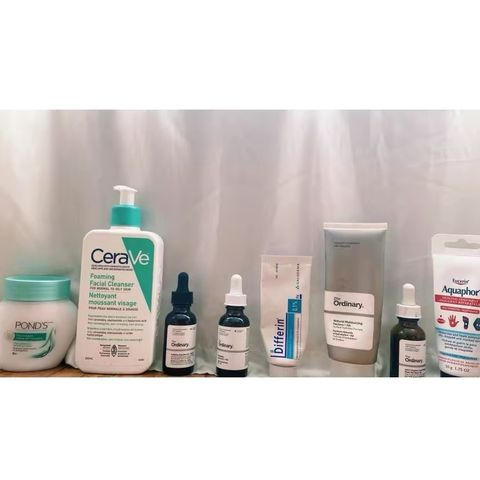 PM routine: Targets Acne and Hyperpigmentation