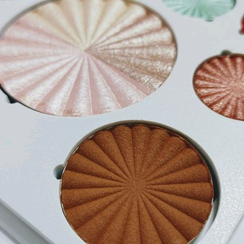 Ofra Cos. - Good to Go Palette