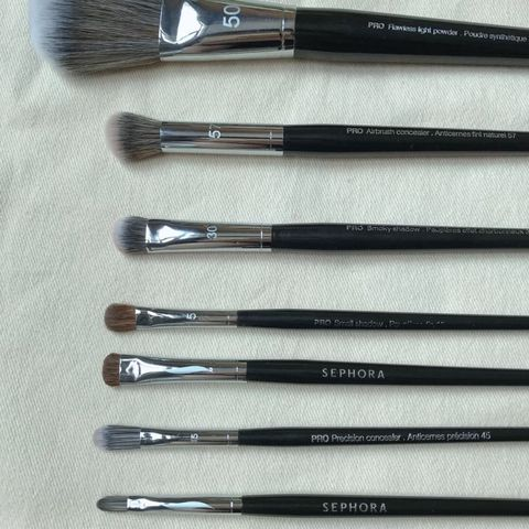 Makeup should be professional! You need a brush set!