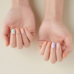 Country Chic Short Press-On Gel Nail