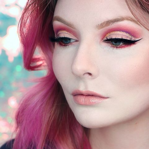 One last close-up of this cut crease