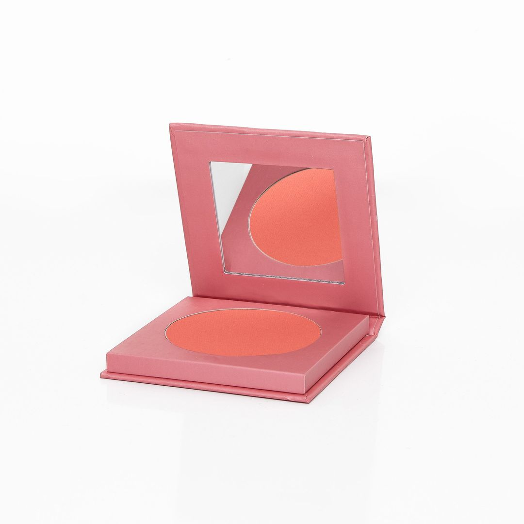 Dare to Be Different Blusher