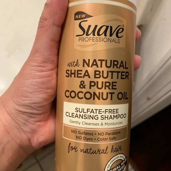 Suave Sulfatefree cleansing shampoo   Cherie