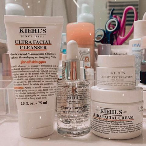 KIEHL'S HOLIDAY SET !!