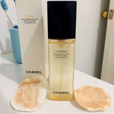 Chanel L'huile Anti Pollution Cleansing oil