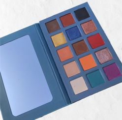 El Mar Azul Eyeshadow Palette