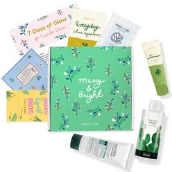7 Days of Glow Skincare Set for Combination Skin