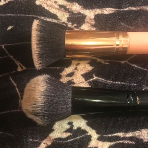Inexpensive Yet Effective Makeup Brushes
