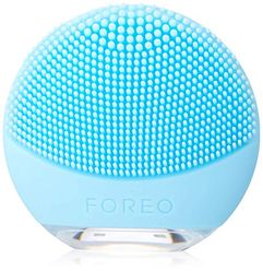 LUNA go Portable and Personalized Facial Cleansing Brush