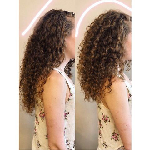 The right way to get more VOLUME in your curly hair is...
