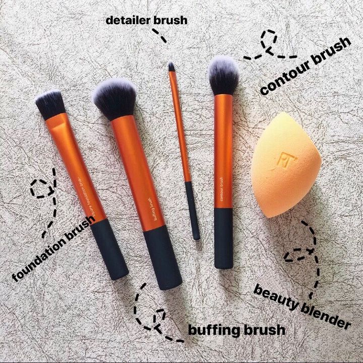 Don't miss it! This brush set is a 10!