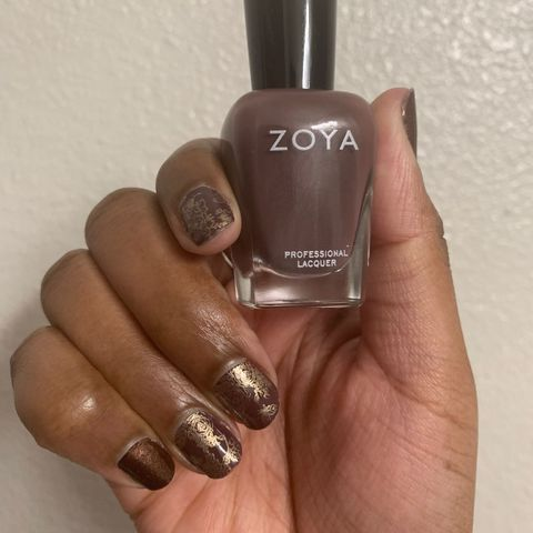 The brown and gold mani I'm bringing into 2021