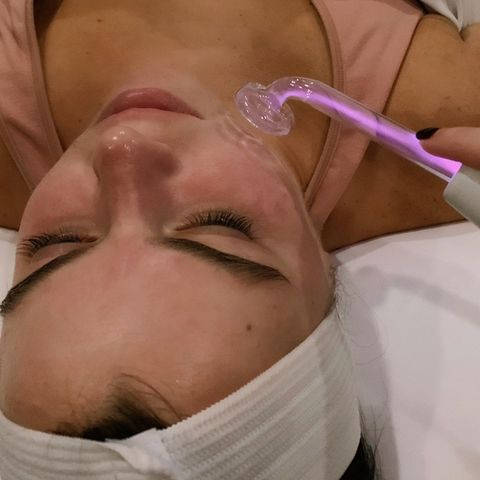 High Frequency - ask for this at your facial!⚡️