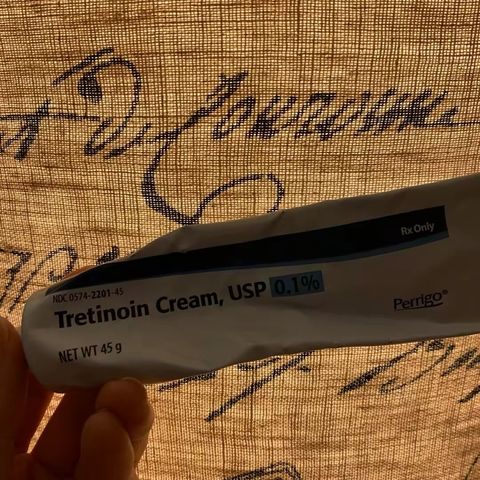 Derm Tips on Cherie: Retinoids and Oils