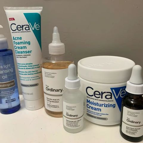simple PM routine for sensitive, dry, & acne