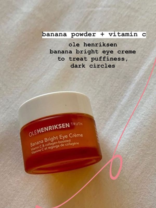 Banana Powder Application A Day Keeps The Eye Wrinkles At Bay | Cherie