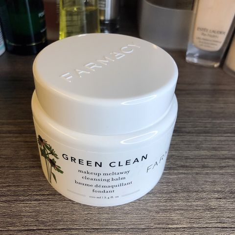 Great cleanser for dry skin