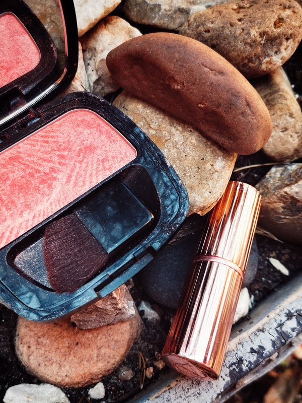 """Make-up Color Match Combo: Neutral Blush + """"Red Bean Paste"""" Lipstick     Cherie"""