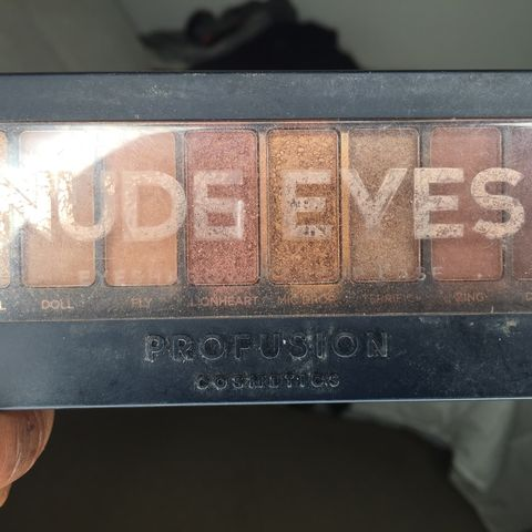Profusion Nude Eyes Palette