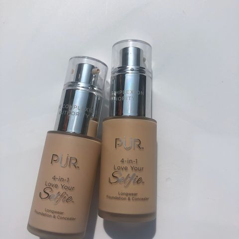 Pur 4 in 1 Foundation
