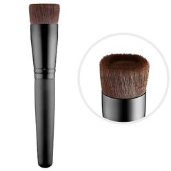 Perfecting Foundation Brush