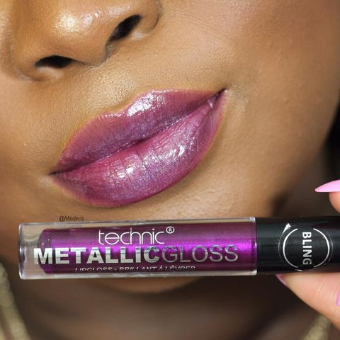 Lips: technic cosmetics Metall