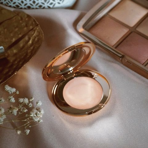 The Charlotte Tilbury Magic Va
