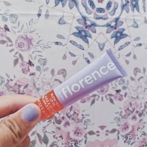 Florence by mills glow yeah lip oil