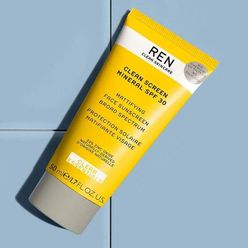 Clean Screen Mineral SPF 30