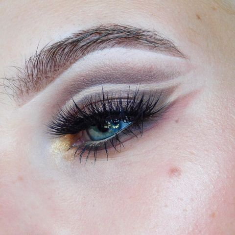 Flashback to this double cut crease! I