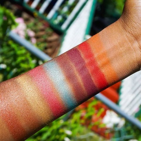 Here's swatches of the crayonc