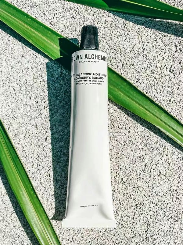 Check out- Matte moisturizer for Oily/ Acne skin   Cherie