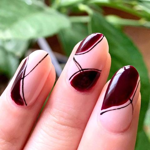 Clean and simple nail art! 💅🏽 💅🏽 💅🏽