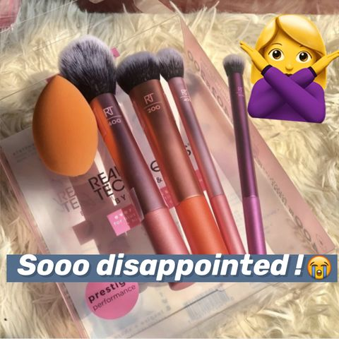 I am not a fan of Real Techniques makeup brush set,  because...