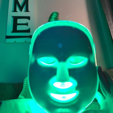 LED Face Mask to Get Rid of Acne?