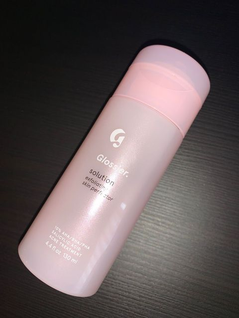 """Not """"The Solution"""" : Glossier Skincare Flops"""