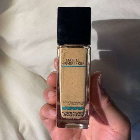 Maybelline Fit Me Foundation Matte & Porel