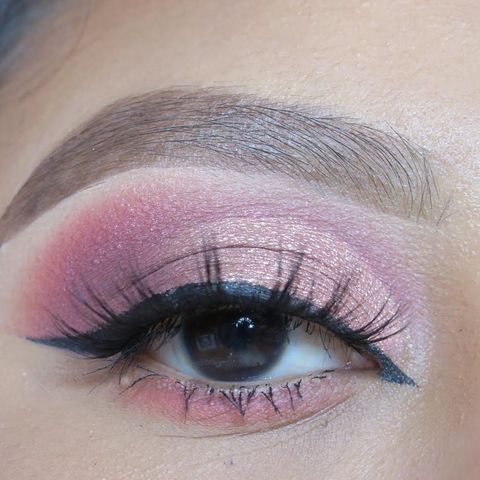 Rose Gold Cut Crease 💖 Please like and share my loves! ✨