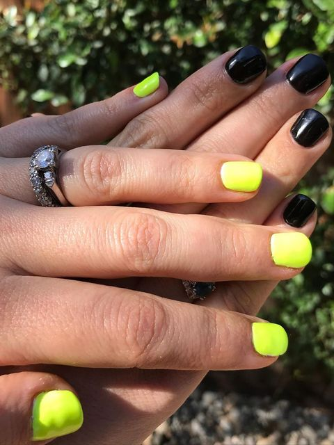 Bright and Black nail look! 💅🏽 💅🏽 💅🏽