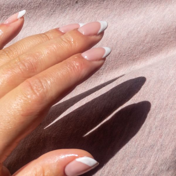 Classic French Manicure  | Cherie