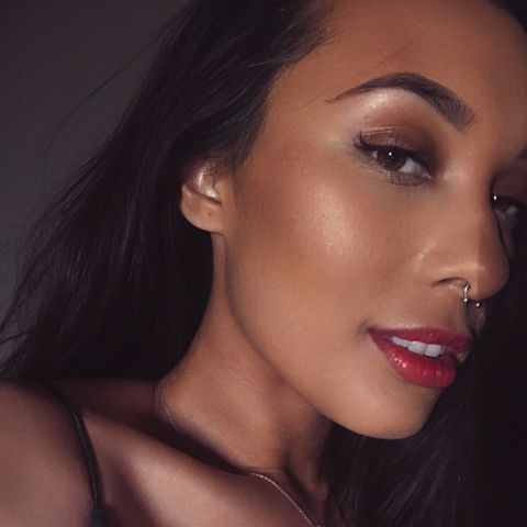 Bronzed and glowing makeup! Summer vibes
