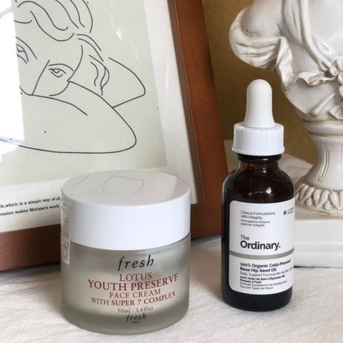 Daily routine for sensitive oily skin in summer