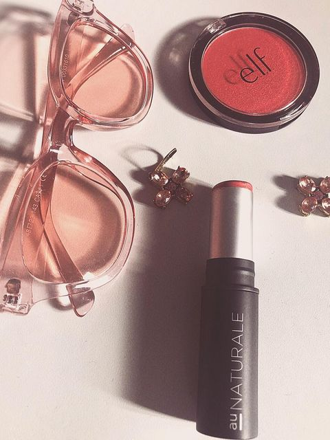 Some coral tones for y'all. 💋