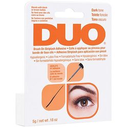 Duo Brush-on Dark Adhesive With Vitamins
