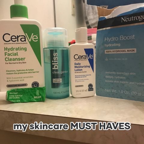 my skincare MUST HAVES for dryskin✨