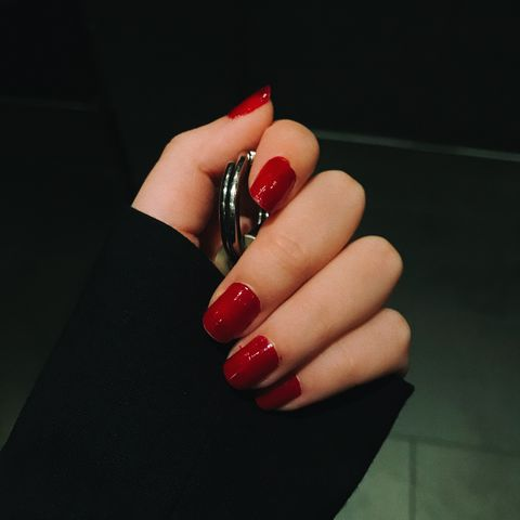 Classic Cherry Red Nails Look for This Summer